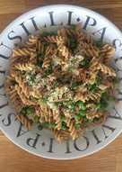Tuna, pea and red chilli pasta