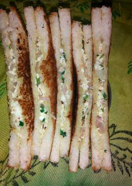 Paneer bhurji grilled sandwich