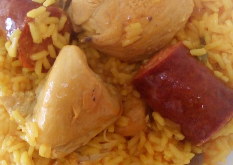 Chorizo Chicken Yellow Rice Recipe By Miggy Loves Food Cookpad
