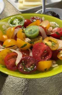resep masakan simple tomato sweet onion salad