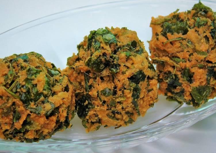 Keerai Vadai / Spinach Lentil Balls recipe main photo