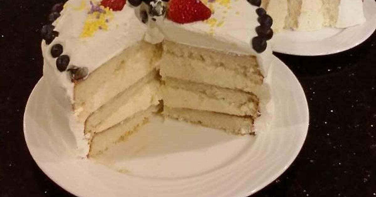 Vanilla Layer Cake with Lemon Cream Filling and Lemon ...