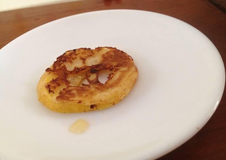 Apple cinnamon pancake rings with apple syrup