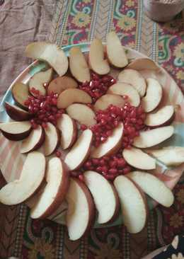 Apples and anar ki Salad healthy and tasty