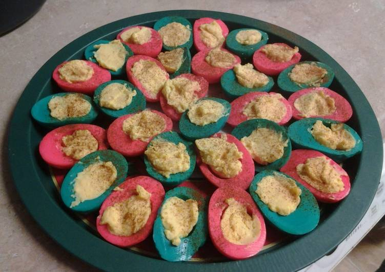 christmas deviled eggs - Christmas Deviled Eggs