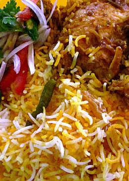 Mughlai Chicken Biryani