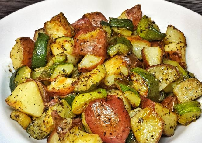 Roasted Zucchini And Red Potatoes Recipe By Latrā Guerra