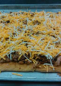 My corn carnitas pizza