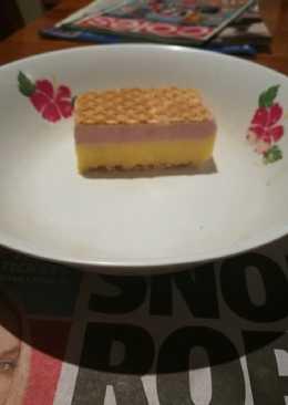 Vanilla, mango & raspberry ice cream slice