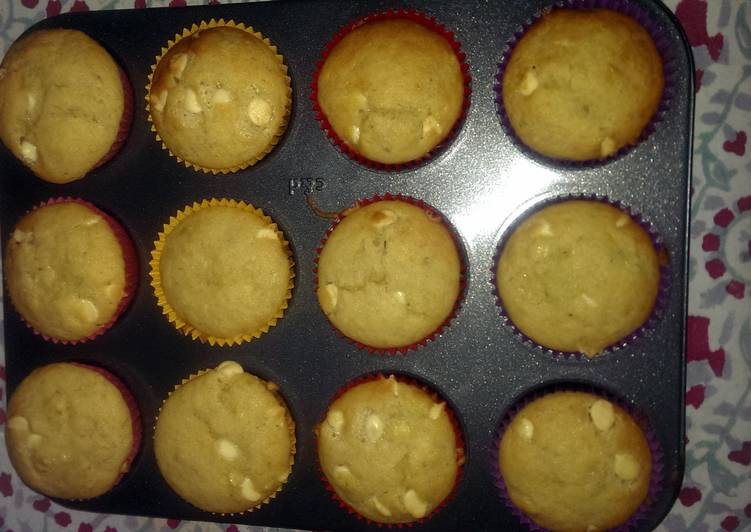 Easy Banana Choc Chip Muffins