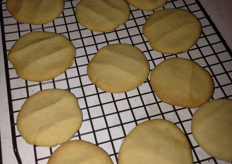 Lunchroom Butter Cookies Recipe By Fkitty31 Cookpad
