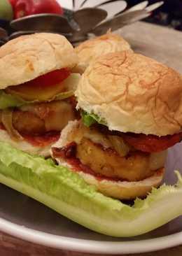 Healthy chicken burger sliders