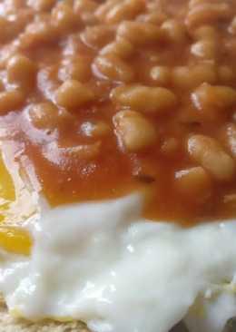 Punjabi Beans with egg on toast