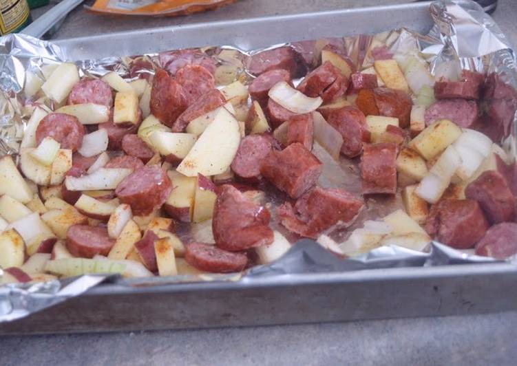 how to cook smoked sausage in oven