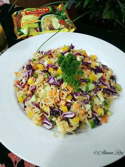 Wai Wai Noodle Salad