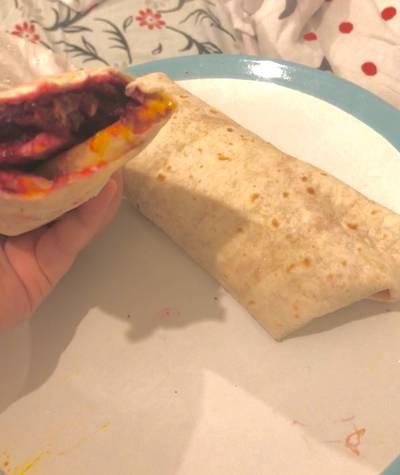 Chicken beetroot wraps