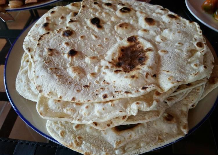 Arabic pita breads