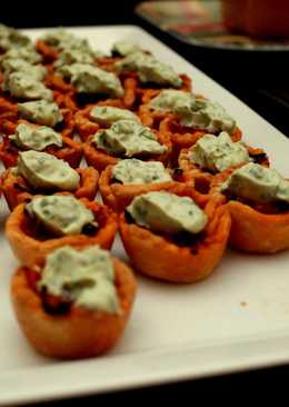 Caramelized Onion Tartlets with Basil Mascarpone