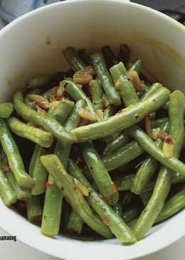 Healthy Curry Turmeric Stir-fried Green Beans