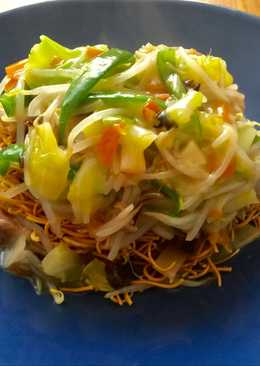 Deep fried noodles