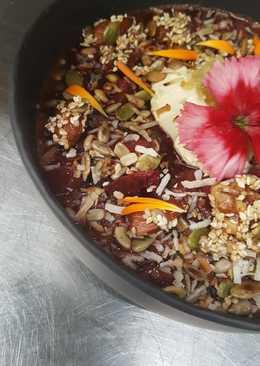 Mulled fruit & honey nut crumble