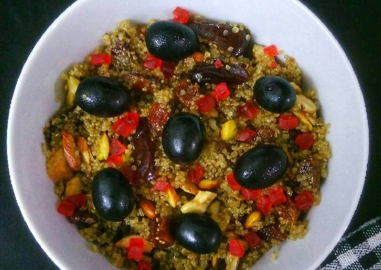 Ghee Roasted Quinoa Nuts And Dry Fruits