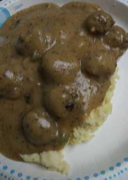 Jalapeño Meatballs Mashed Potatoes and Jalapeño Gravy