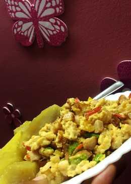 Sweet potatoes with scrambled eggs