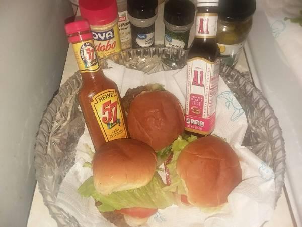 Hamburgers really tasty