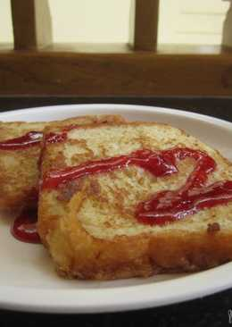 Sweet bread toast