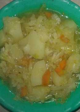 Stewed cabbage and potatoes