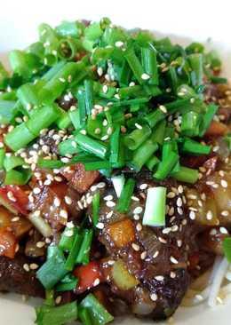 Zhajiang rice noodle炸酱米线