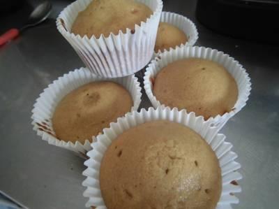 Yummy Vanilla Cupcakes!!!