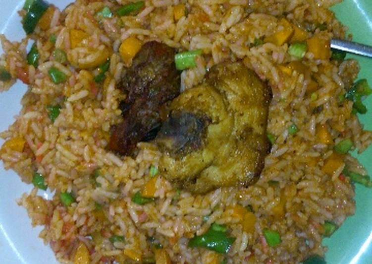 Ghana jollof rice recipe by diana asare cookpad ghana jollof rice ccuart Gallery