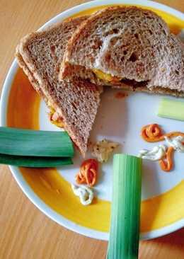 Aloo leek sandwich