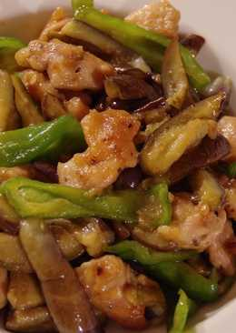 Stir-fried Eggplants & chicken with soy sauce and ginger 🍆🐔