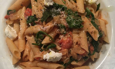 Tomato and Spinach Pasta