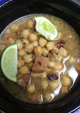 Ham and Garbanzo Bean Soup