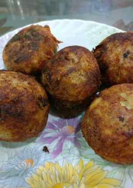 Coconut, Honey stuffed Paneer Potato Pattice