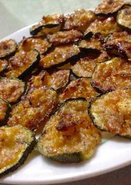Zucchini Fat Bombs / Keto Cheese Chips