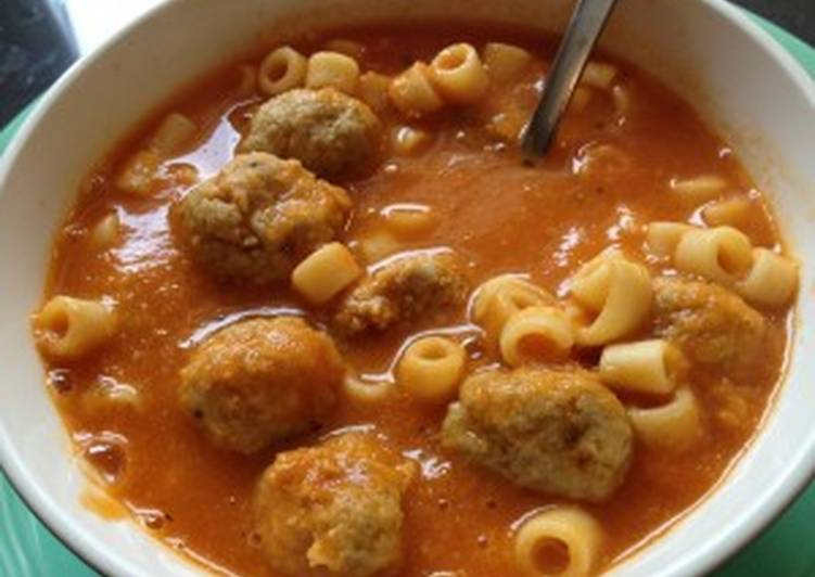 Soup with Chicken Balls & Pasta