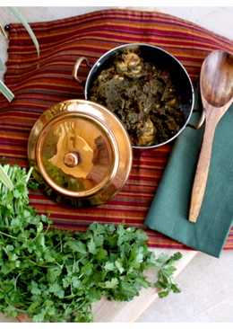 Pakistani style Spinach and chicken curry - Palak Chicken