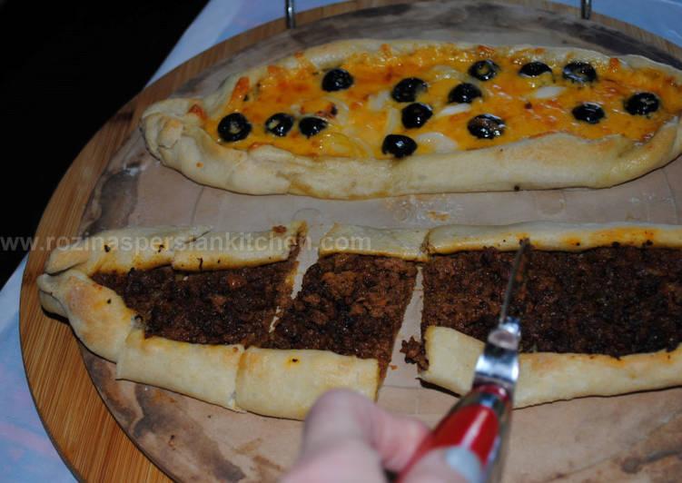 Pide Pizza Recipe By Rozina Dinaa Cookpad India