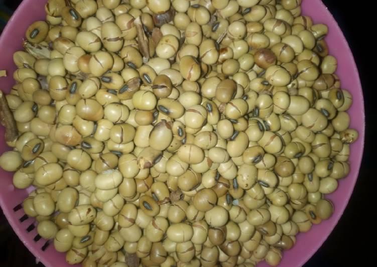 Soya beans Recipe by kelly wamalwa - Cookpad Kenya