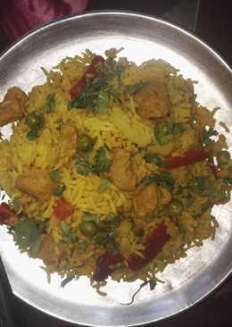Mix veg and nutrela chunks briyani