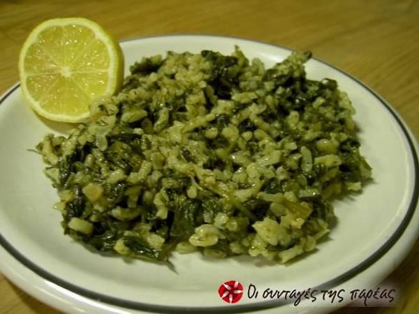 Spinach with rice (spanakorizo)
