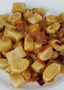 Gnocchi in chili tomato sauce