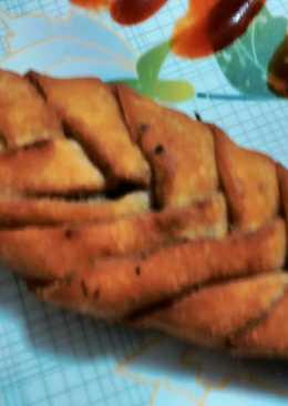 Stuffed braided bread