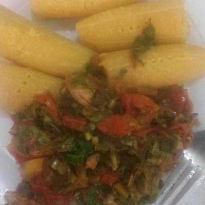 Boiled plantain and veggie sauce