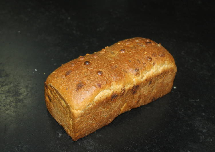 White Chocolate Bread with Walnuts